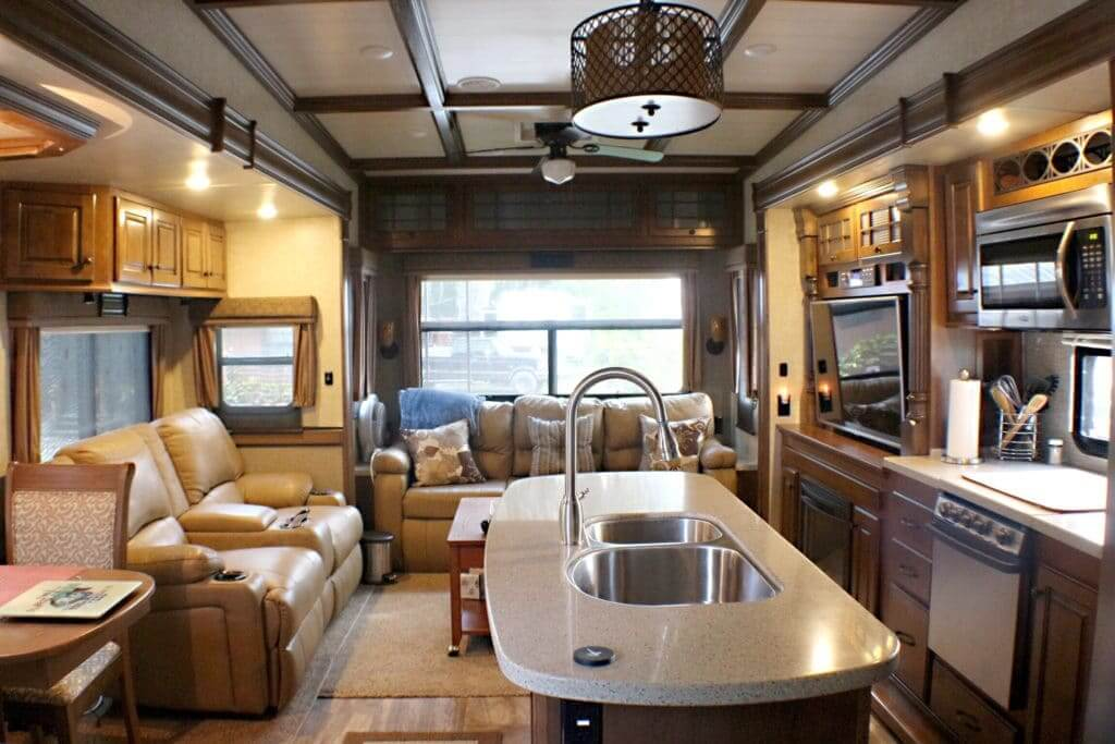Interior of fifth wheel with wide open spaces. A pro when comparing fifth wheel vs travel trailer