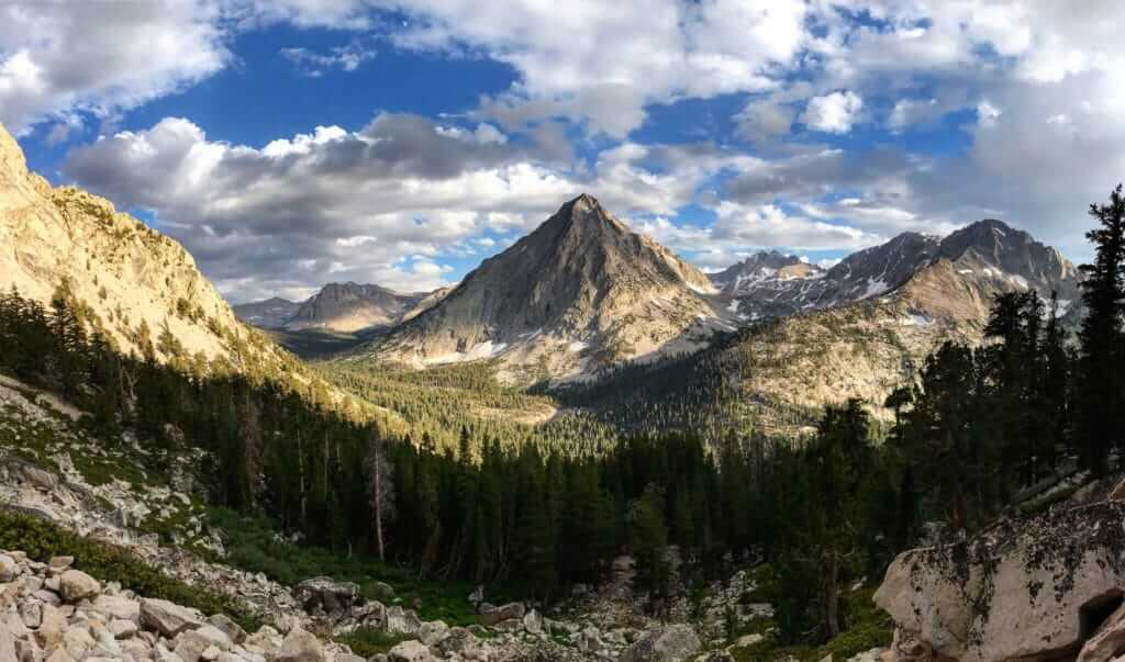 View of mountains and open valley in Kings Canyon National Park