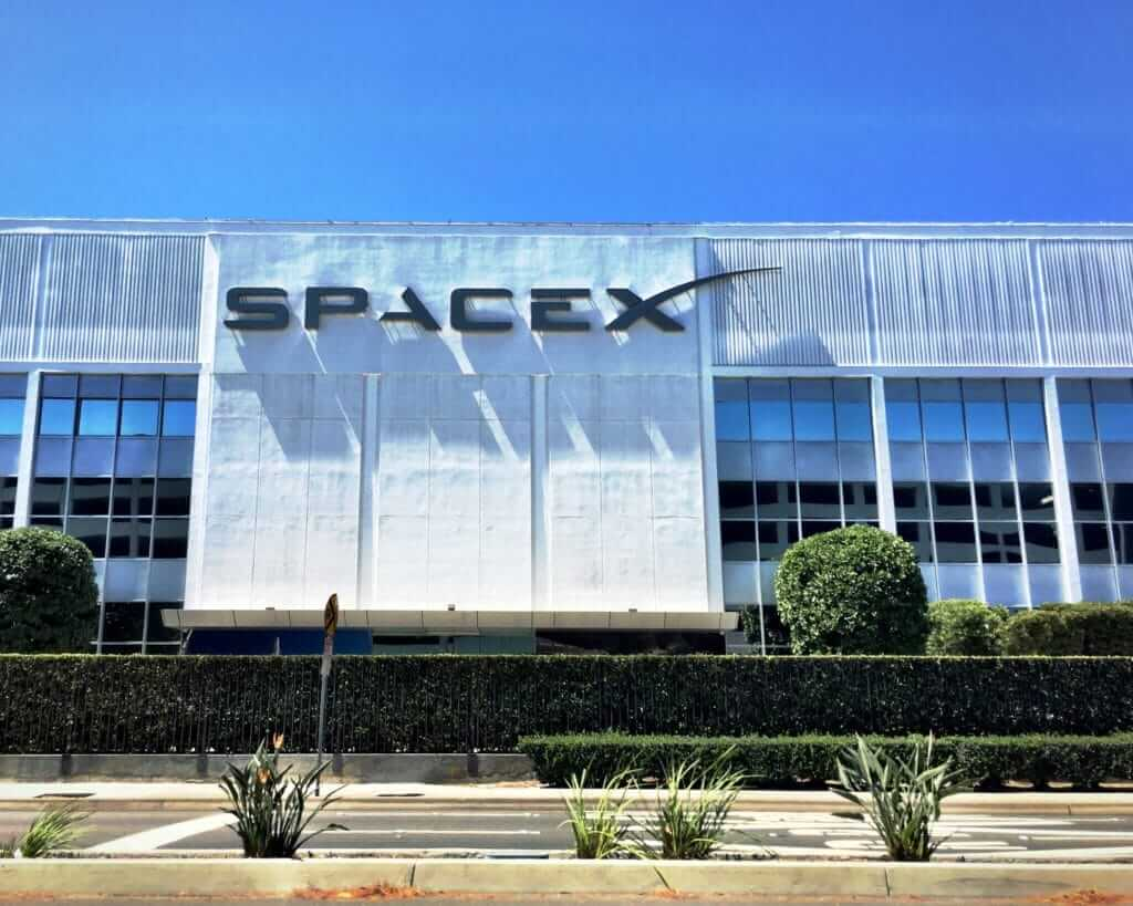 Front of SpaceX building in Southern California