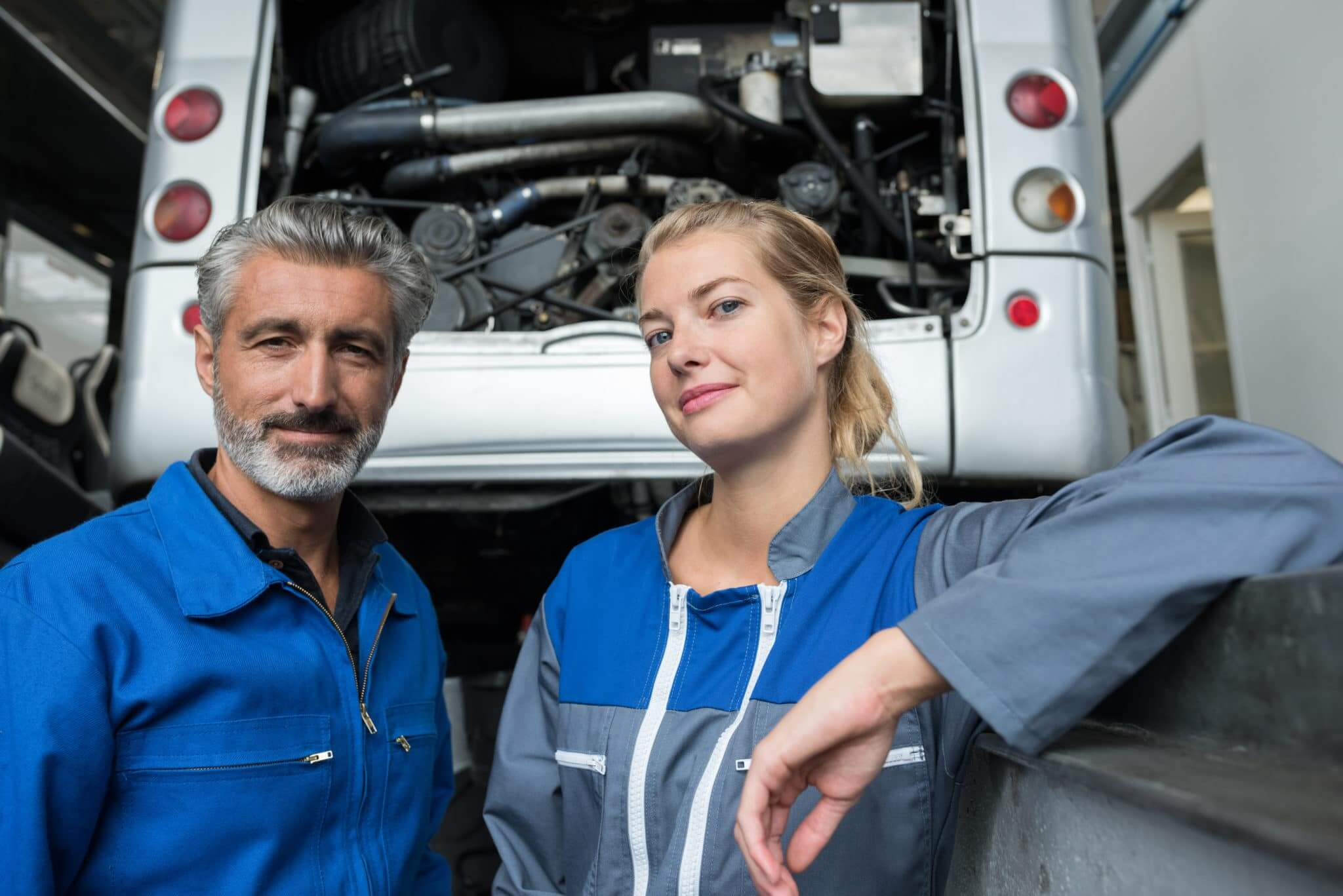 motorhome garage mechanics