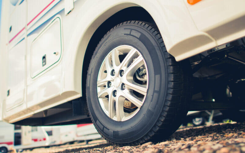 An RV tire needs to be filled with air ever so often on a trip, how do you pick between the Viair 300p vs 400p air compressor?