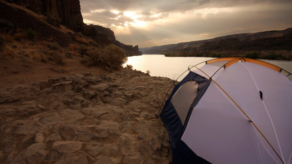 A camping spot near the lake is ideal but some areas are prohibited to protect the water.